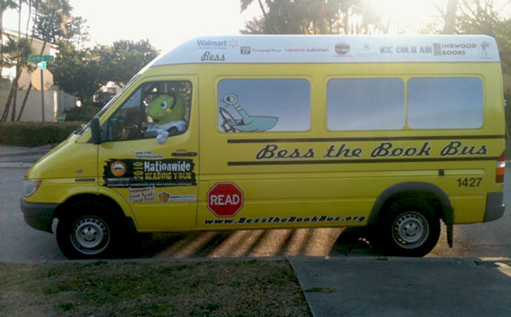 bess_the_book_bus